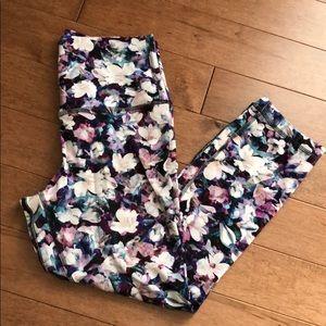 """Lululemon Align Crop 21"""" size 6 floral print"""